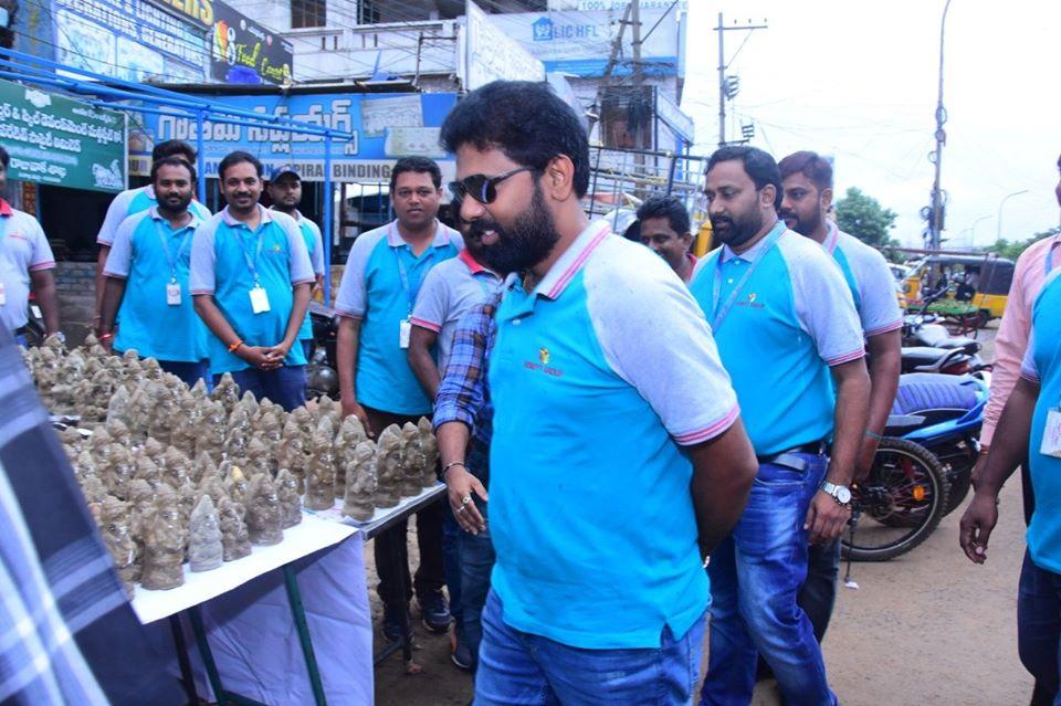 HoneyyGroup Conducted CSR Activity Distributing Organic Ganesha