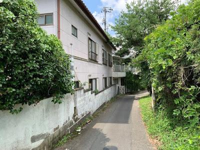 新菊島温泉ホテルの裏口