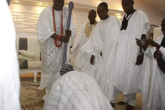 obasanjo prostrates for ooni of ife