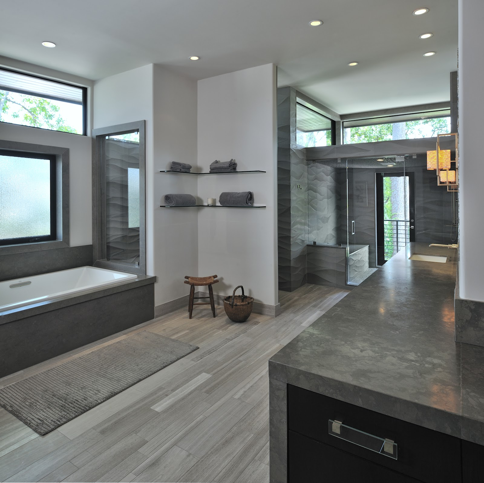Modern Homes Modern Bathrooms Designs Ideas: Not Just Plain Jane: Modern Classic