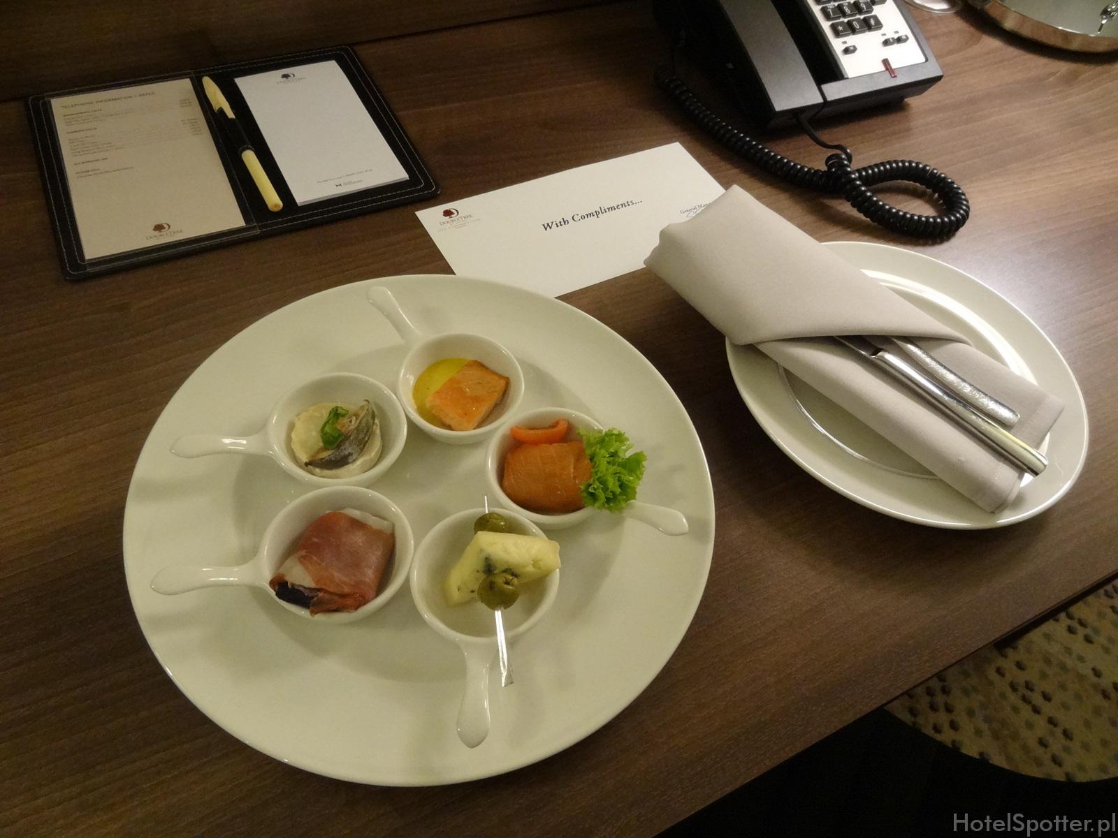 DoubleTree by Hilton Warsaw - poczestunek powitalny