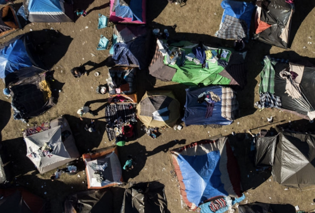 Tijuana Fights Back Against Migrant Caravan, Shuts Down Shelter