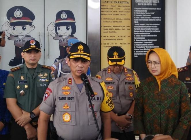 Kapolres Tangsel Bersama Dandim 0506 Sambut Kunjungan Kerja Kapolda Metro Jaya