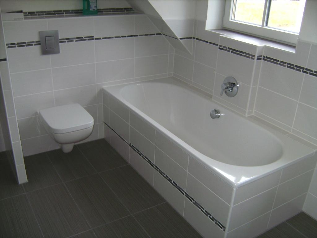Alte Badewanne Ausbauen: Ruck zuck alte wanne raus neue