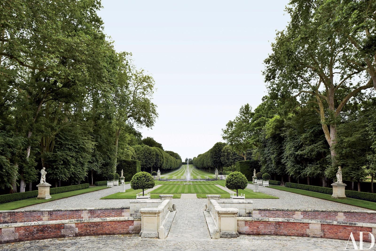 At Home With | Places: Valentino Garavani's Château de Wideville, France