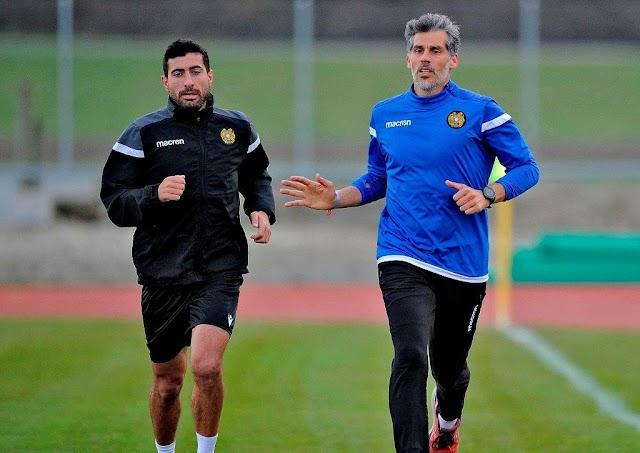 Θέλει να προλάβει τα ματς της Αρμενίας ο Γκαζαριάν