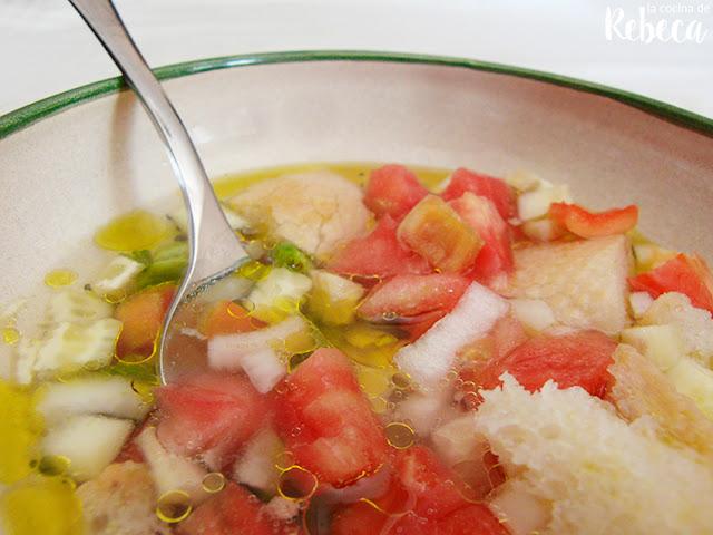 Gazpacho a la antigua o en ensalada