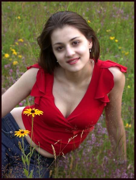 https://1.bp.blogspot.com/-0HWz9ABMzpY/TyhtsCfypcI/AAAAAAAAAhg/Flfhi_dch9U/s1600/hot-karachi-girls-pakistani-girl.jpg.