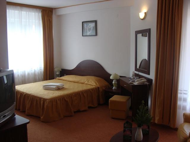 Cazare hotel pensiune la munte - Oferta cazare Pensiunea Cota 1200 Predeal_Brasov.