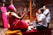 Jayammu NischayammuRaa Movie Stills-thumbnail-5