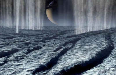 NASA found organic material on Saturn's moon Enceladus!