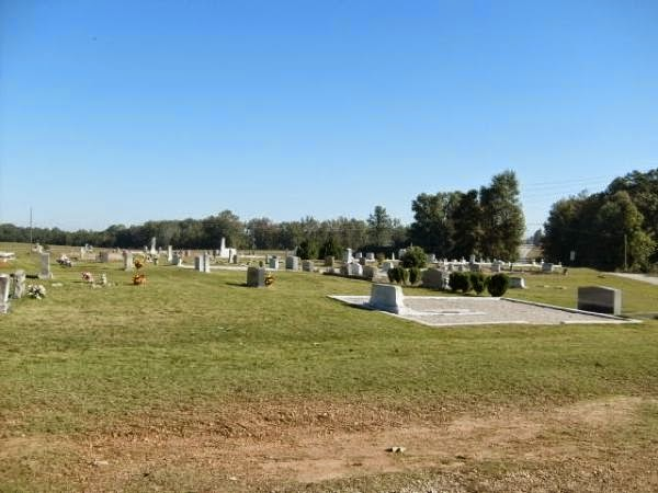paranormal investigators 8 Haunted Cemeteries In Oklahoma