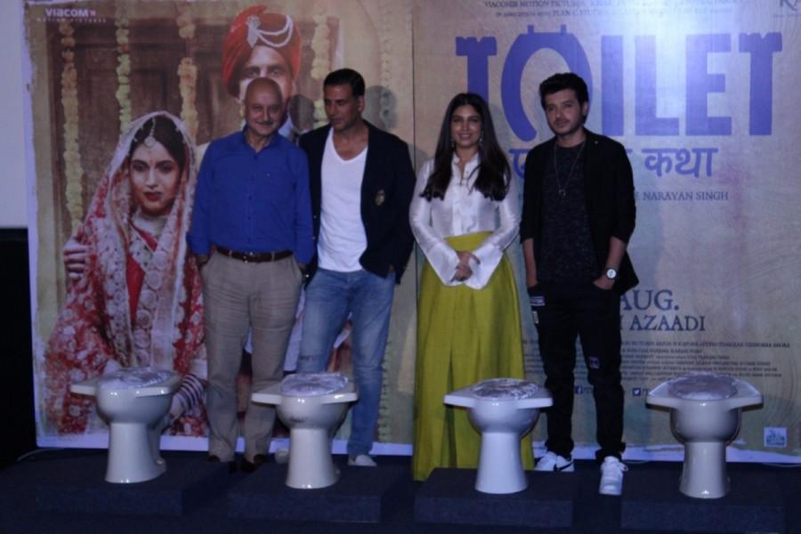 Toilet: Ek Prem Katha Press Conference Photos