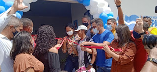 Ao lado da Prefeita Belezinha e do pré-candidato a deputado estadual Aluizio Santos, Vereadora Nildinha Teles prestigia inauguração de escola na zona rural de Chapadinha-MA