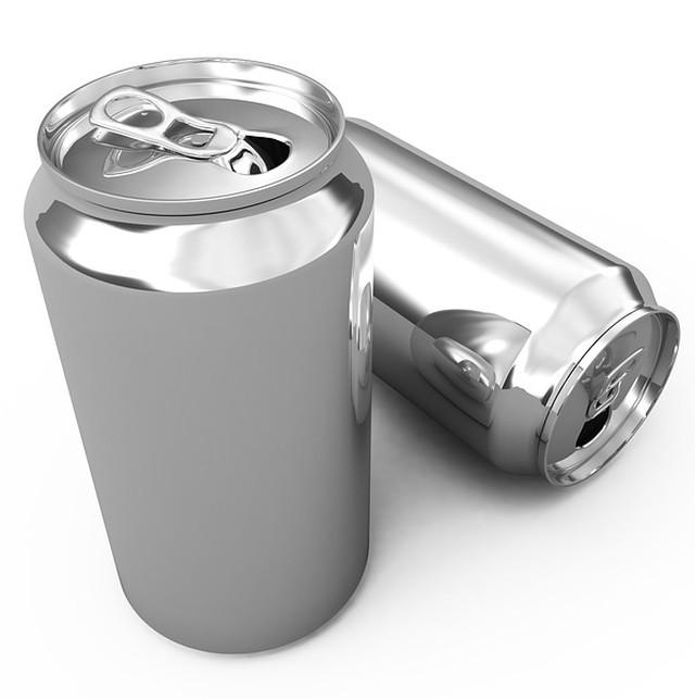El ingenioso diseño de las latas de aluminio de bebidas