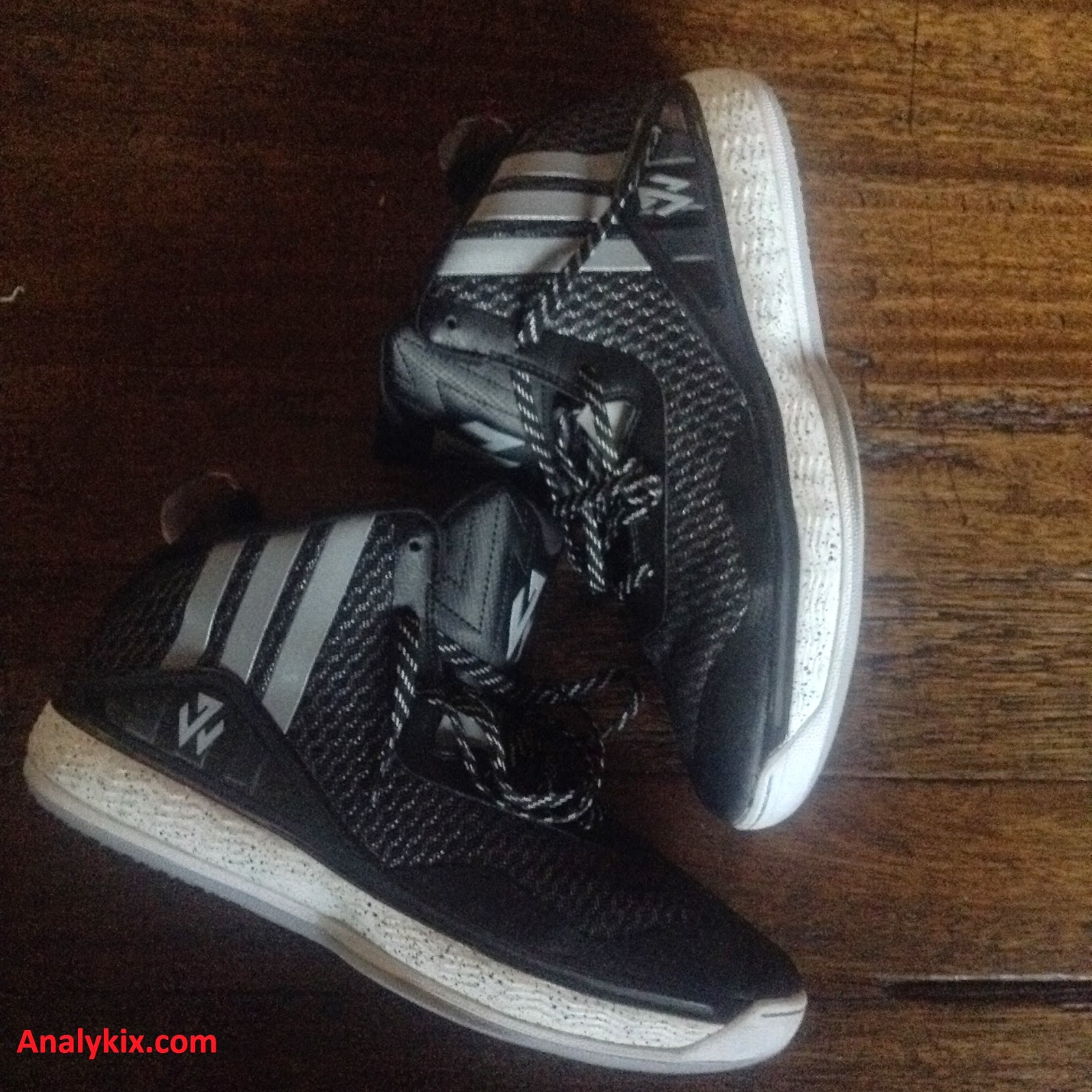 new style 2746a d5e5a Performance Review Adidas J Wall 1