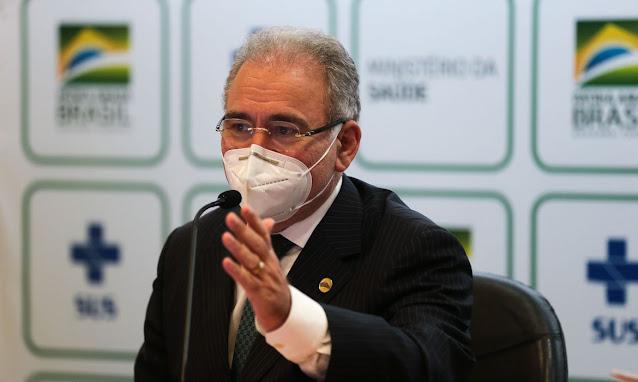 Ministro diz que 160 milhões serão vacinados até dezembro no Brasil; veja vídeo