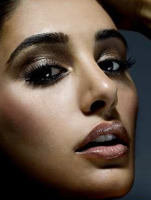 Nargis Fakhri hot lips