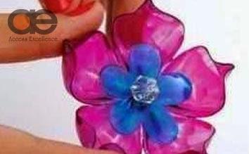 Membuat Bros Bunga Plastik