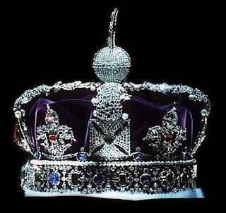 Die britischen Kronjuwelen – Tommy Truong – Kriminalstory