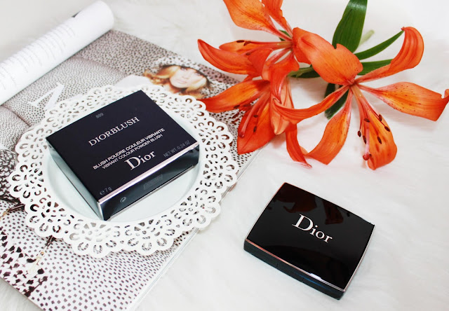 Dior Rouge Blush róż w kompakcie