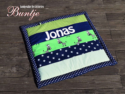 Krabbeldecke Decke Babydecke Baby Kuscheldecke Name individuell Junge Jonas grün blau Zebra Sterne Afrika Dschungel Buntje nähen Geschenk Geburt Taufe