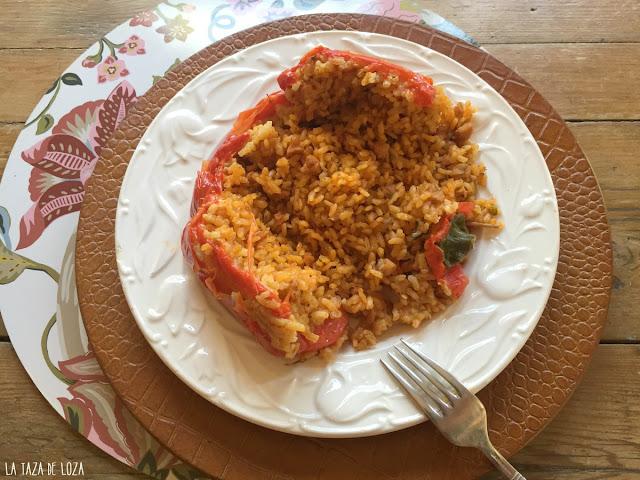 pimientos-rellenos-de-carne-y-arroz