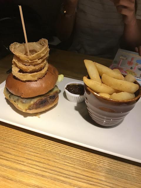 The Calverley Arms, Leeds British beef burger