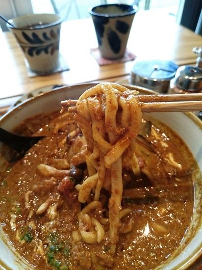 嘉利すばの麺の写真