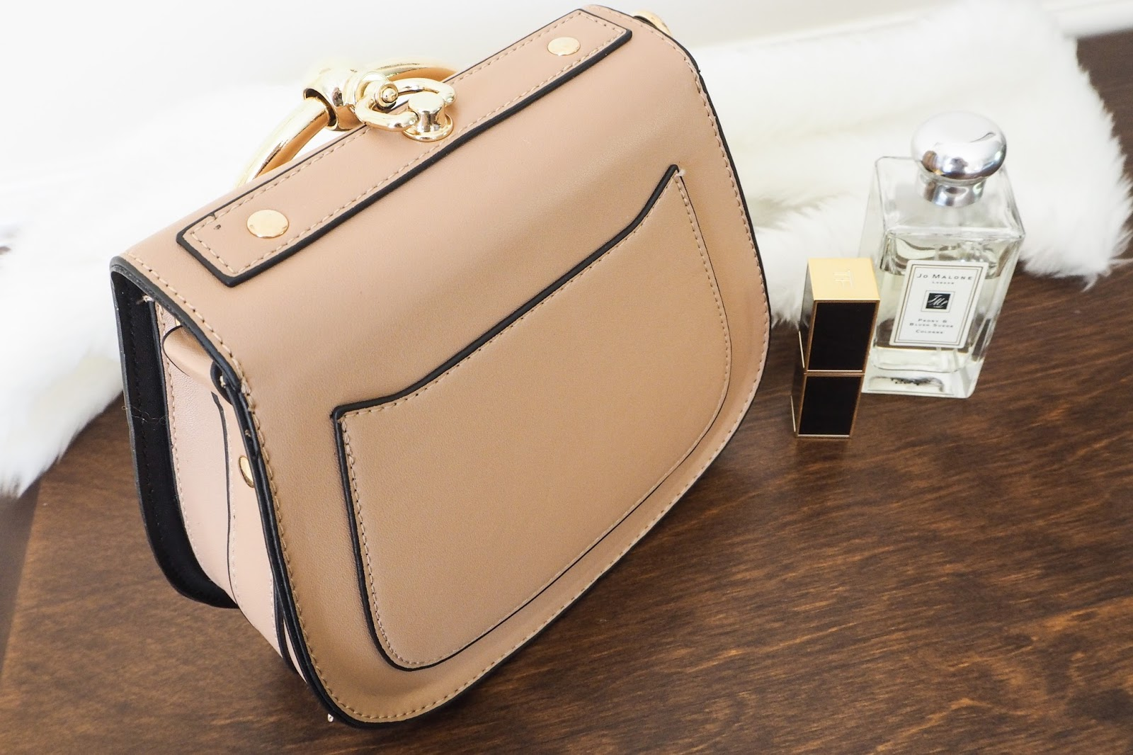 Back of the Chloe Nile dupe handbag