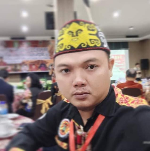 tanggapan dari Ketua Organisasi Pemuda Dayak Kalimantan Barat, Hendra Darwilias, ST.