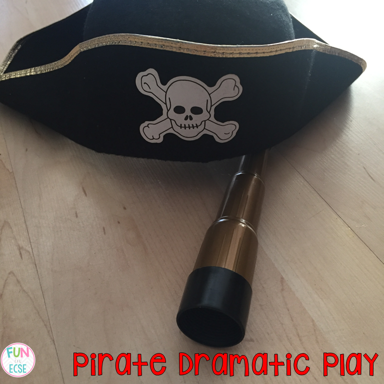 Paper Towel Rolls Telescope: Pirate Ship Dramatic Play