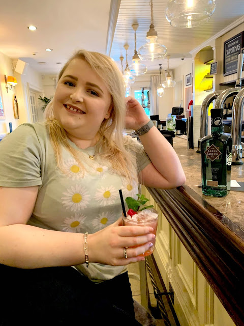 Danielle Levy, Clean Gin, Clean Liquor, low alcohol gin, Liverpool blogger, lifestyle blogger, Wirral blogger,