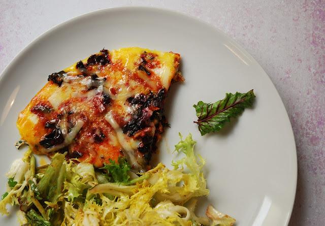 Omelette fanes de betterave chorizo