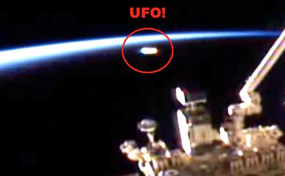 UFO News ~ Glowing UFO Tries To Escape Detection At ISS and MORE Open%2Bminds%252C%2BStar%2BTrek%252C%2BMoon%252C%2Bsun%252C%2BAztec%252C%2BMayan%252C%2BVoyager%252C%2Bfight%252C%2Btime%252C%2BPhil%2BPlait%252C%2Borbit%252C%2BUFO%252C%2BUFOs%252C%2Bsighting%252C%2Bsightings%252C%2Balien%252C%2Baliens%252C%2BVegas%252C%2BBigelow%2BAerospace%252C%2B1