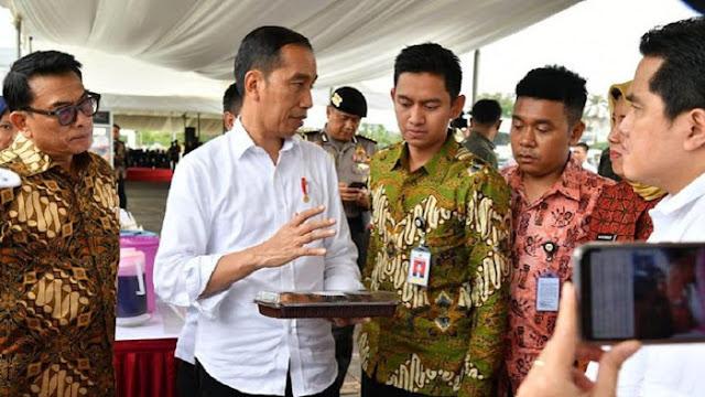 Jokowi Anggarkan dan Tunjuk Langsung Perusahaan Stafsus Jalani Proyek, Bukti Kekuasaan di Atas Hukum