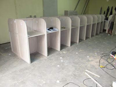 Meja Sekat Untuk Ruangan Leb Bahasa + Furniture Semarang