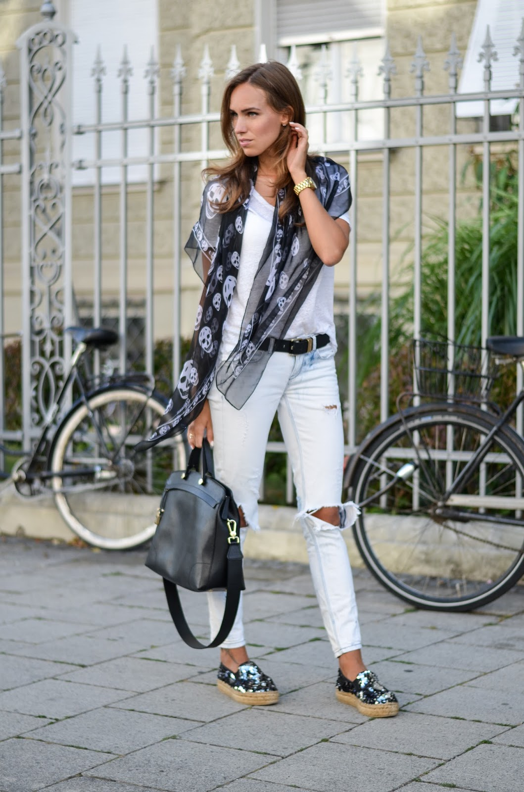 kristjaana mere white casual outfit black accessories