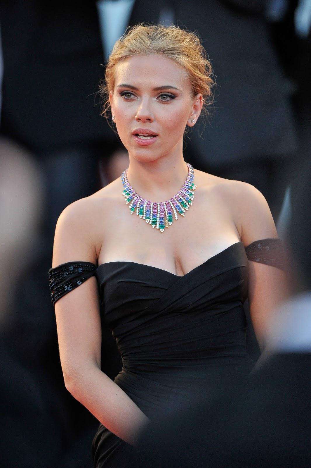 Scarlett Johansson Nude Images