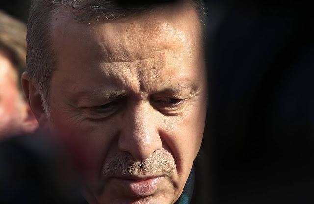 A Turquia não gostou do que o jornalista escreveu sobre o PKK, uma organização separatista curda.