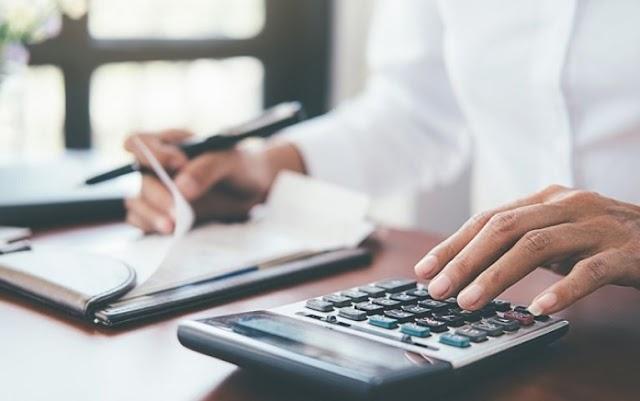 Έκτακτο επίδομα για δικηγόρους – οικονομολόγους εξήγγειλε ο υπ. Εργασίας Γιάννης Βρούτσης