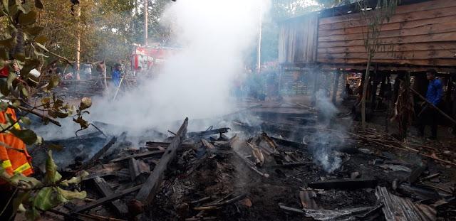 Rumah Warga Bontosaile, Pasimasunggu Terbakar
