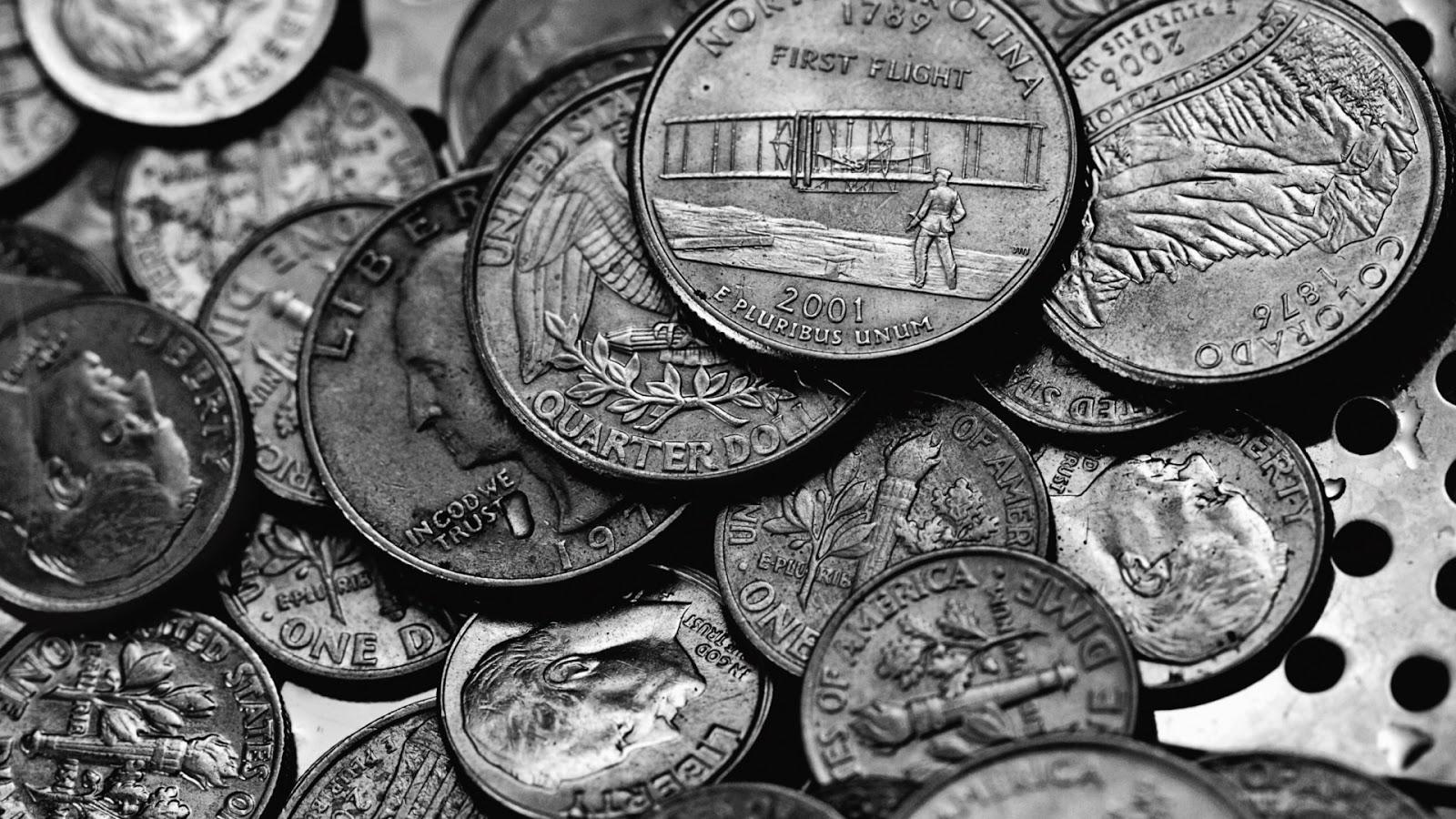 Thảo luận về vấn đề tiền bạc như thế nào trong cuộc sống của chúng ta - bài tiểu luận tiếng anh