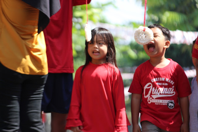 Lomba Makan Kerupuk #2 - Anak-Anak Dulu