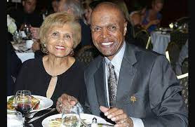 Ardythe Bullard: Gale Sayers' Wife Age, Wiki, Biography, Family and Children