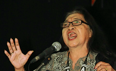 """Puisi: Ladrang Buram Solo Bengawan (Karya Diah Hadaning)"""