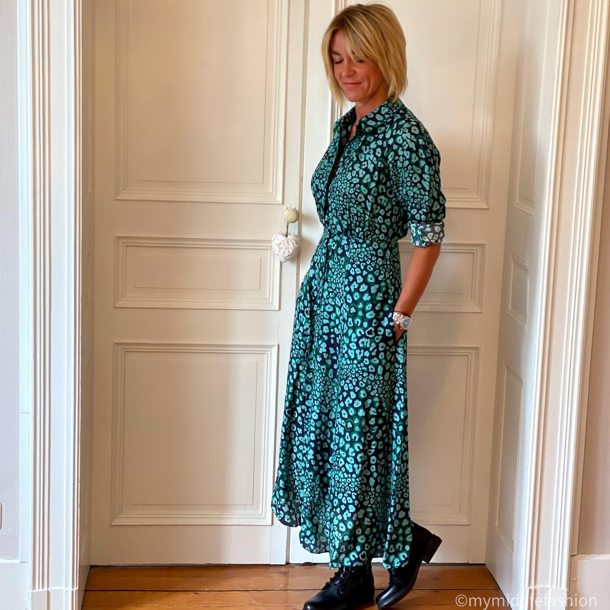 my midlife fashion, Carl Scarpa paulette black ankle boots, define Astrid raglan long sleeve maxi shirt dress