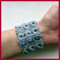 Pulsera gruesa crochet