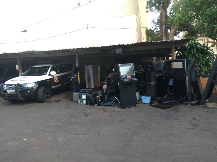 """Polícia Civil de Barretos apreende máquinas caça-níqueis na 2ª fase da operação """"Segura Peão"""""""