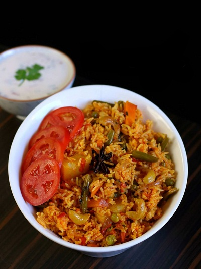 Create-flavors-of-tomato-tomato-rice-video recipe